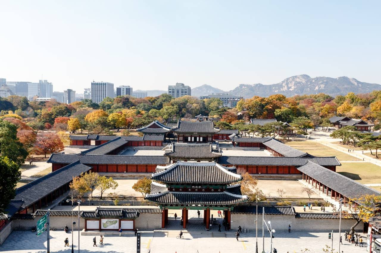 seoul southkorea changgyeonggung traditional royal palace