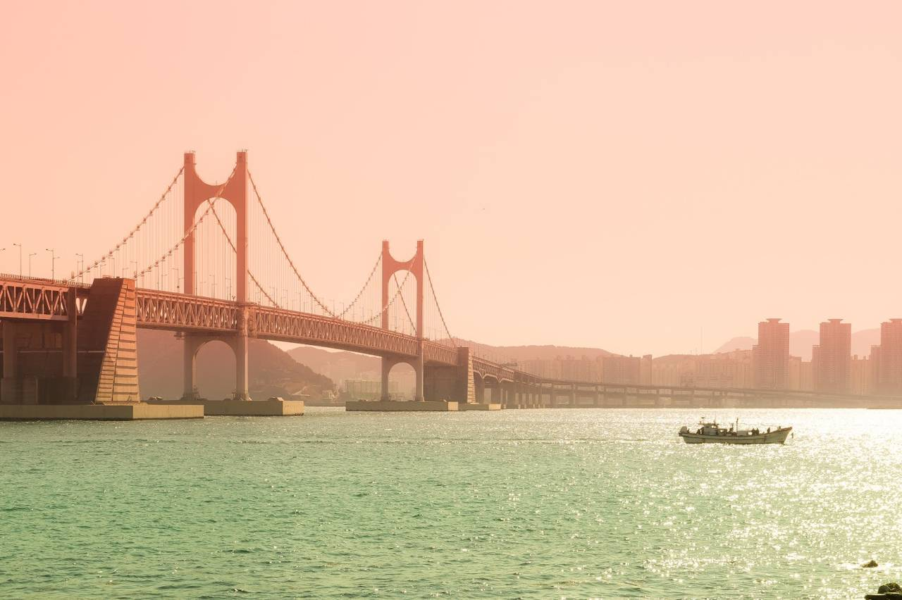 korea busan attraction gwangalli beach view diamond bridge