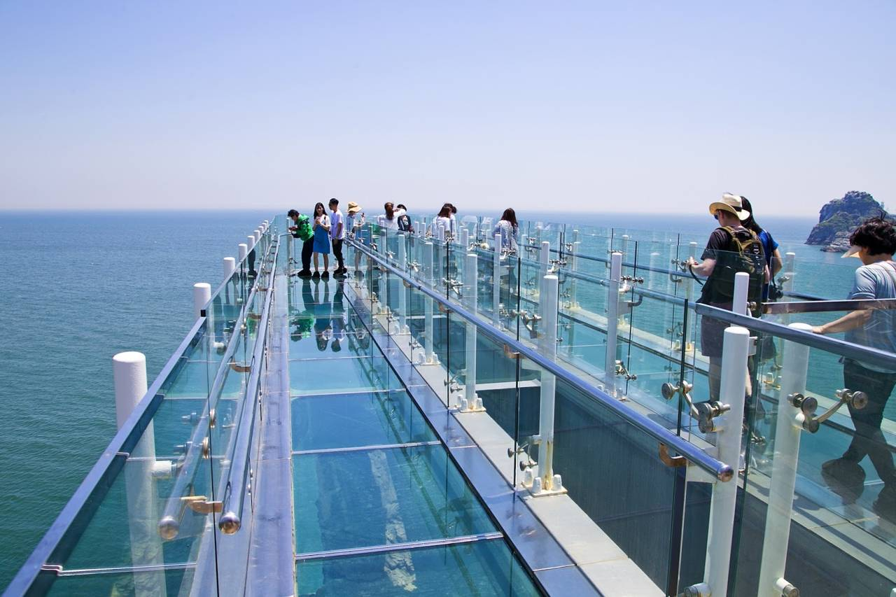 korea busan attraction Oryukdo Skywalk