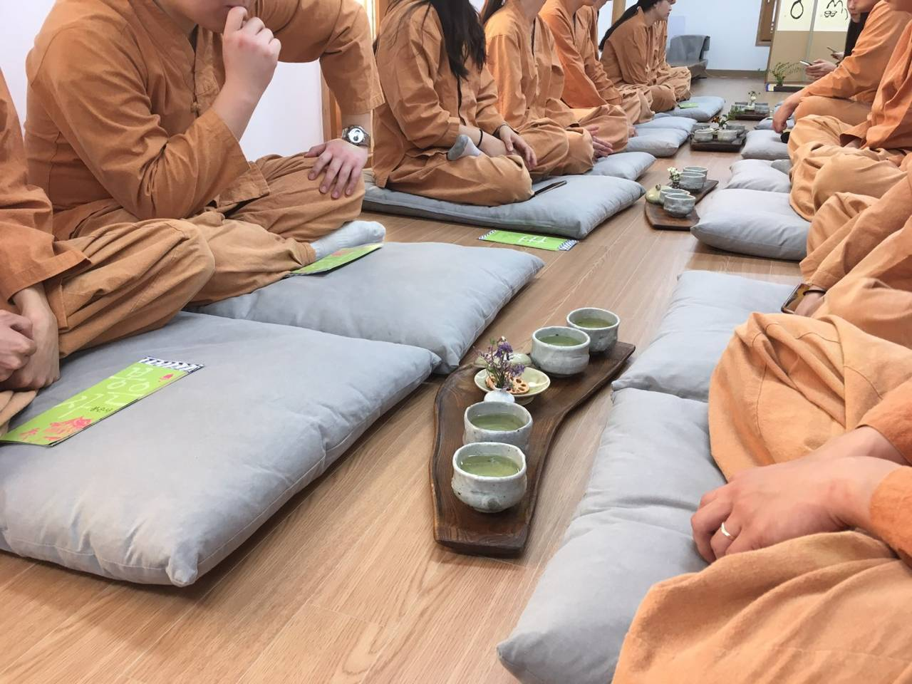 South Korea Seoul Temple Stay Bongeunsa Buddhism Travel Experience Tea