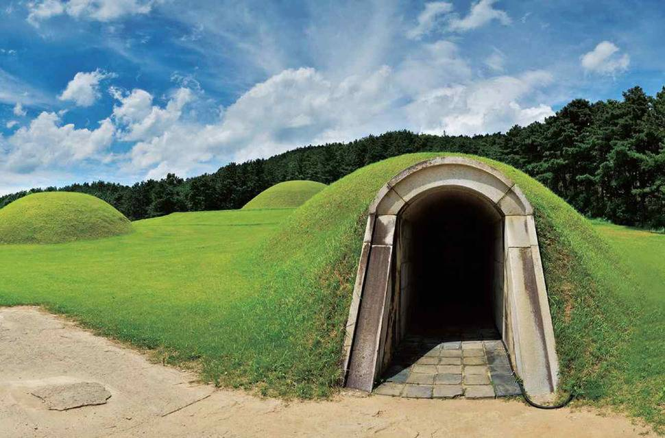 South Korea Travel Buyeo Historic History Royal Tombs UNESCO World Heritage Tourist Attraction